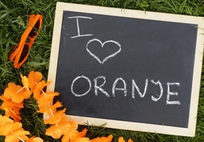 Deoranjeartikelenshop - Oranje vlaggen