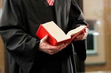 advocaathennepkwekerij - Hennepkwekerij opgerold